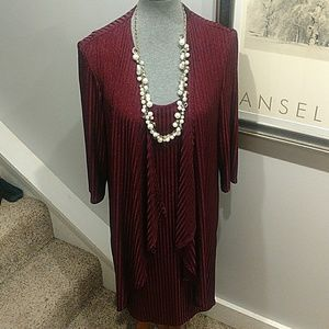 Size 14 R&M Richards Burgundy Lined Dress